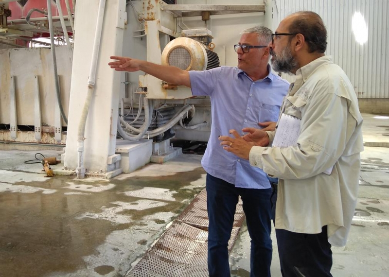 Pesquisador da Embrapa levanta informações no ES para elaboração do plano de trabalho sobre uso de resíduos de rochas ornamentais na agropecuária